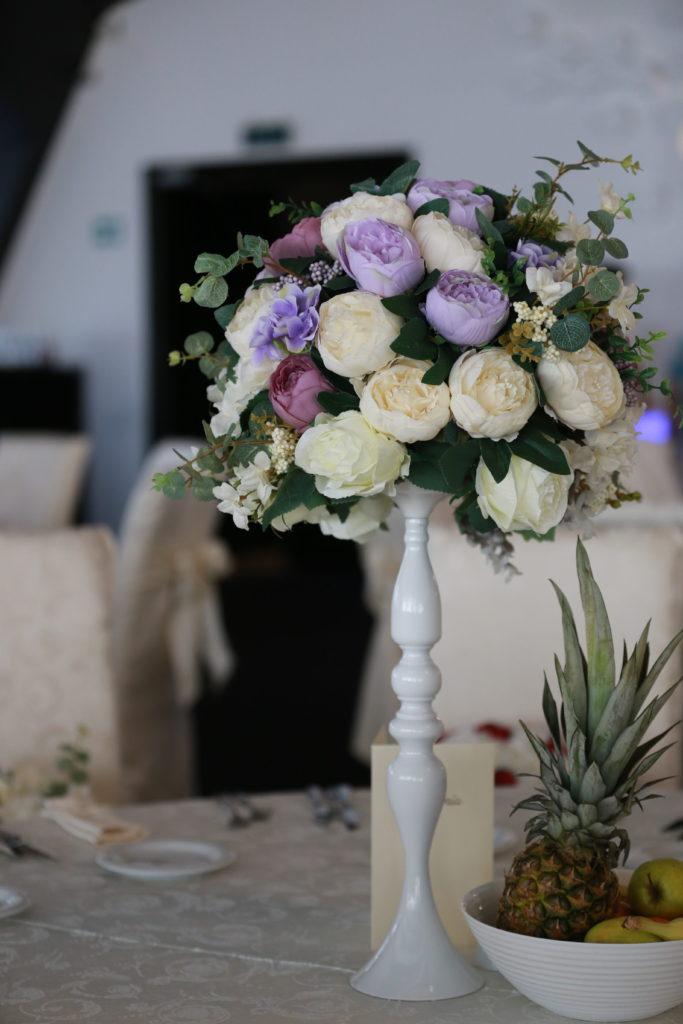 Rich results Google's serp when searching for 'aranjamente florale nunta'