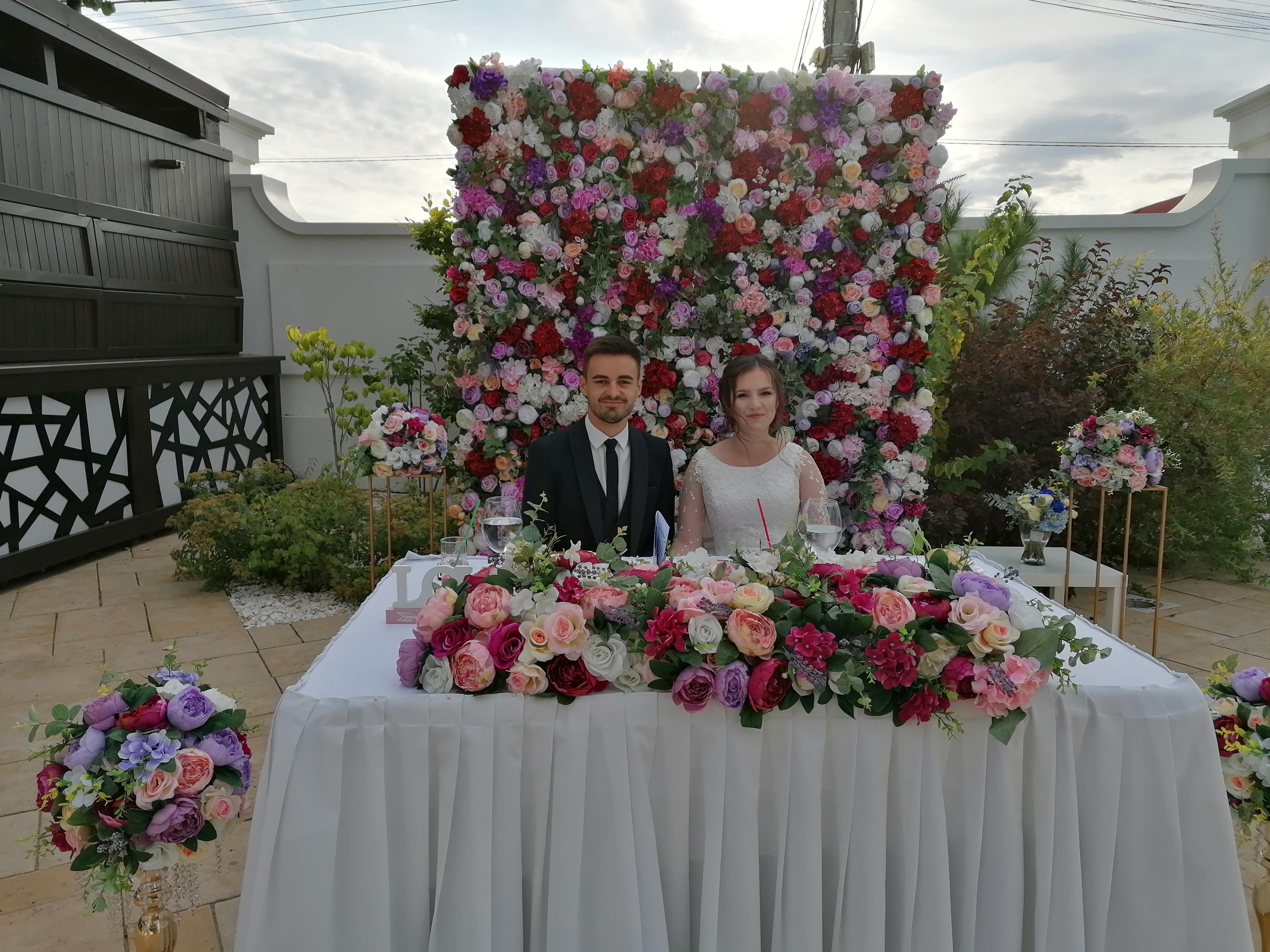 Photo corner si aranjamente florale