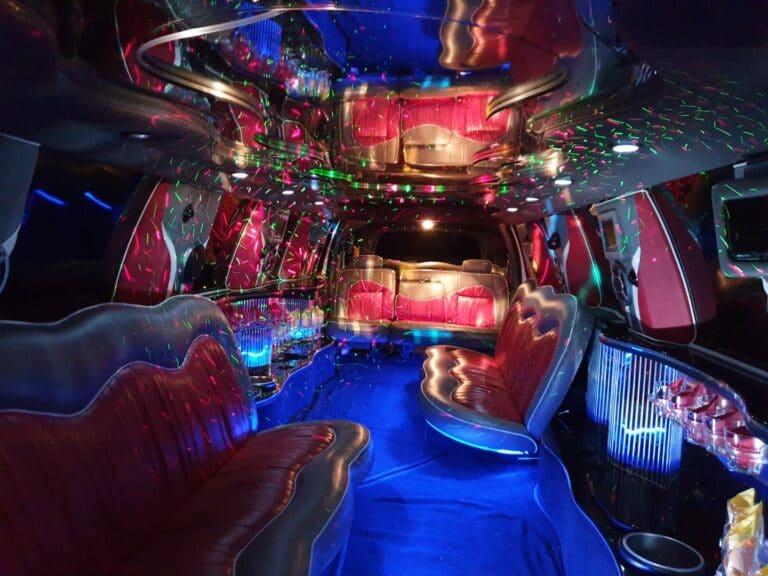 Inchiriere limuzina escalade Anastasia Events6