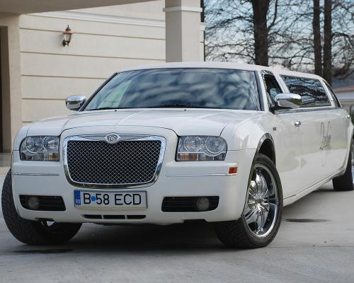 limuzina-de-inchiriat-Chrysler-300c-5