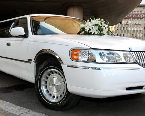 limuzina-de-inchiriat-Lincoln-Town-Car-3